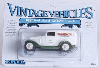 Winn-Dixie 1932 Ford Delivery (White/Green)