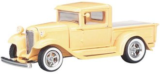 1932 Ford Custom Pickup (Orange)