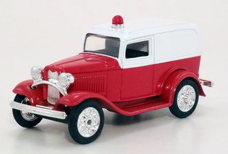 1932 Ford Ambulance (Red/White)