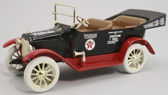 1:38 Texaco #14 1917 Maxwell Touring Car (Bank)