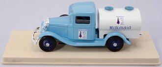 """1934 Ford V8 Tanker """"Milkmaid"""" (Blue/White)"""