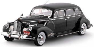 1941 Packard 180 7-Passenger Limousine (Black)