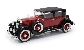1:18 1928 Cadillac 341A Town Sedan (Red/Black)