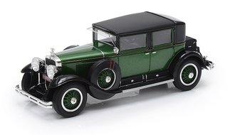 1:43 1928 Cadillac 341A Town Sedan - Al Capone's Armored Car (Green/Black)