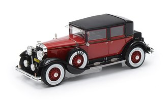 1928 Cadillac 341A Town Sedan (Red/Black)
