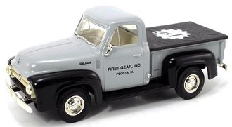 "1:34 1953 Ford Pickup ""First Gear, Inc."""
