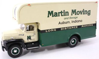 "1:34 1957 International Moving Van ""Martin Moving"""