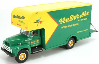 "1:34 1957 International Moving Van ""Von Der Ahe Moving"""