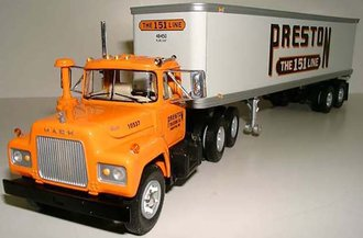 "Mack R Dual-Axle w/35' Van Trailer ""Preston"""