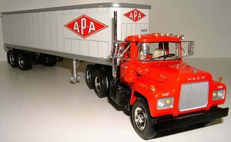 "Mack R Dual-Axle w/35' Van Trailer ""APA Transport"""
