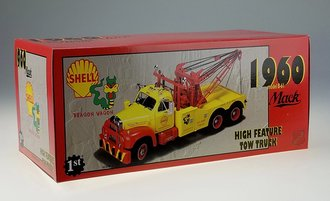 "1:25 1960 Mack Model B-61 Tow Truck ""Shell"" (Yellow/Red)"