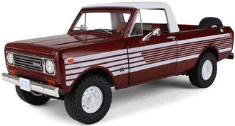 1:25 1979 International Scout Terra Pickup (Tahitian Red Metallic)