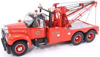 """1:25 1960 Mack B-61 Tow Truck """"Chicago Fire Dept."""""""