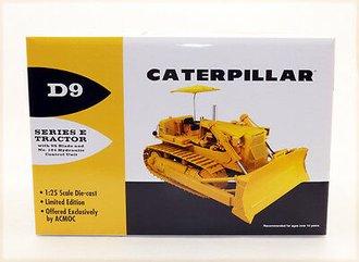1:25 Caterpillar D9E Crawler w/Hydraulic Blade (Yellow)