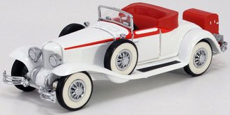 1:43 1931 Cord L-29 Cabriolet Roadster (Eggshell White)