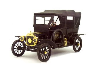 1:16 1913 Ford Model T (Collector's Edition) (Black)