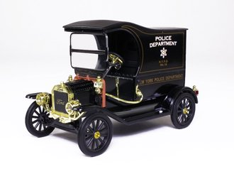 1:24 1913 Ford Model T Police Wagon (Black)