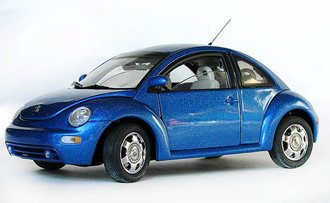 Volkswagen New Beetle (Blue Metallic)