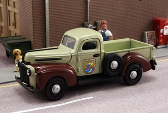 "1:43 1942 Ford Pickup ""Fish & Wildlife Service"""