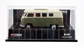 VW Camper Van (Beige/Green) *** Missing Mirrors ***