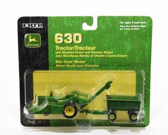 John Deere 630 w/Mounted Picker & Flarebox Wagon (Green)
