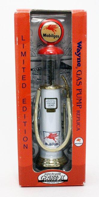 """Wayne Gas Pump Replica """"Mobilgas"""" (White)"""