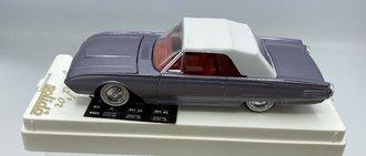 1:43 1961 Ford Thunderbird (Lilac Metallic)