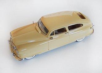 1949 Nash Ambassador (Cream)