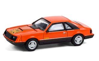 1:64 GreenLight Muscle Series 24 - 1979 Ford Mustang Cobra (Tangerine & Black)