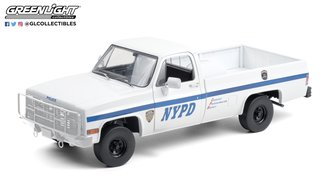 1:18 1984 Chevrolet CUCV M1008 - New York City Police Department (NYPD)