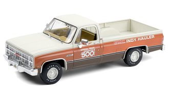"1:18 1983 GMC Sierra Classic 1500 ""67th Annual Indianapolis 500 Mile Race Official Truck"""