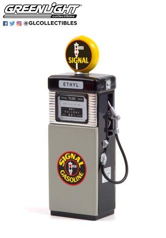 1:18 Vintage Gas Pumps Series 10 - 1951 Wayne 505 Gas Pump Signal Gasoline