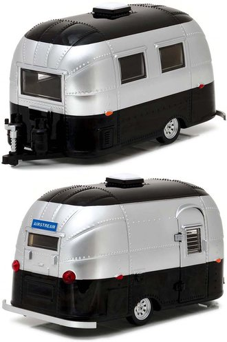 1:24 Airstream 16' Bambi Sport Travel Trailer (Silver/Black)