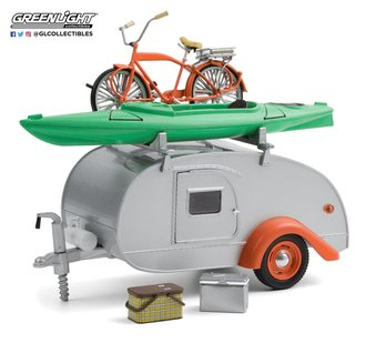 1:24 Teardrop Trailer w/Roof Rack, Bicycle, Kayak, Cooler & Picnic Basket (Silver w/Orange Trim)