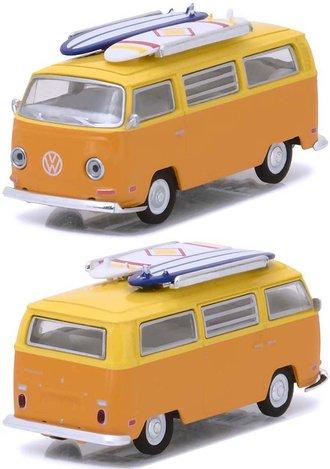 1:64 1971 Volkswagen Type 2 (T2B) Van w/Surf Boards