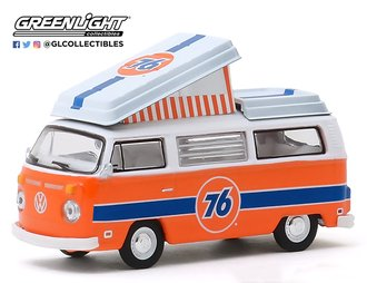 1:64 Club V-Dub Series 10 - 1973 Volkswagen Type 2 Westfalia Campmobile - Union 76