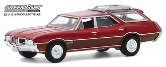 1:64 1971 Oldsmobile Vista Cruiser (Matador Red w/Woodgrain)