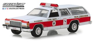 "1:64 1985 Ford LTD Crown Victoria Wagon ""Patterson, New Jersey Fire Department"""