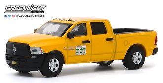"1:64 2017 RAM 2500 ""New York City DOT Brooklyn Street Maintenance"""
