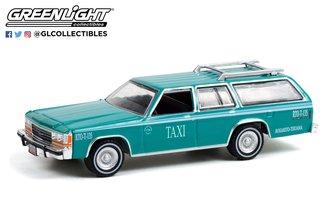 "1:64 1991 Ford LTD Crown Vic Wagon ""Rosarito, Baja California, Mexico Taxi"" (Teal w/White Stripes)"