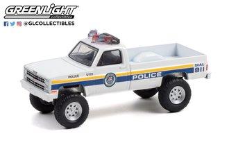 "1:64 1986 Chevrolet M1008 ""Philadelphia, Pennsylvania Police"""