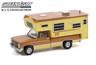 1:64 1986 Chevy C20 Silverado Camper Special w/Winnebago Slide-In Camper - Copper Canyon/Doeskin Tan