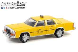 1:64 1991 Ford LTD Crown Victoria - NYC Taxi (Hobby Exclusive)