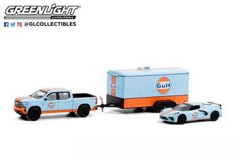 "1:64 2021 Chevy Silverado & 2021 Corvette C8 Stingray w/Enclosed Car Hauler ""Gulf Oil"""