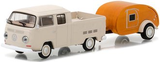1:64 Hitch & Tow Series 10 - 1968 Volkswagen T2 Type 2 Double Cab Pickup w/Tear Drop Trailer