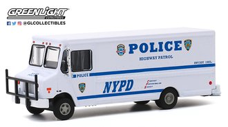 "1:64 H.D. Trucks Series 18 - 2019 Highway Patrol Step Van ""New York City Police Dept (NYPD)"""