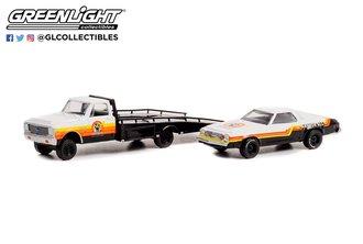 "1:64 H.D. Trucks Series 23 - 1972 Chevy C-30 Ramp Truck w/1976 Chevy Chevelle Laguna ""Armor All"""