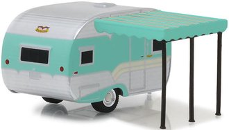 1:64 Hitched Homes Series 5 - 1959 Catolac DeVille (Chrome/Aqua)