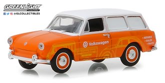 1:64 Blue Collar Collection Series 5 - 1966 Volkswagen Type 3 Panel Van - Volkswagen Sales/Service