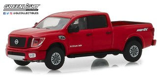 1:64 Blue Collar Collection Series 5 - 2018 Nissan Titan XD Pro-4X